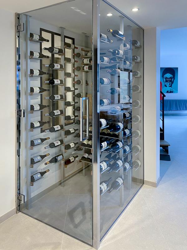 Floating-bottles-wine-cellar-44R1