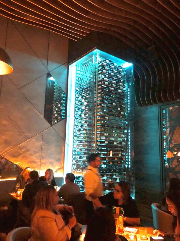 Moderne-wine-cellar-restaurant-13