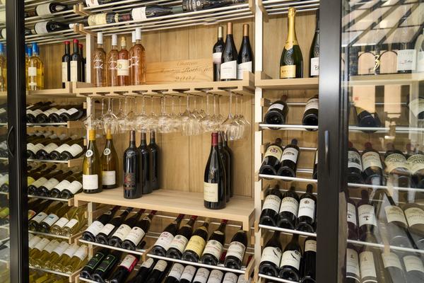 tasting-wine-cellar.jpeg